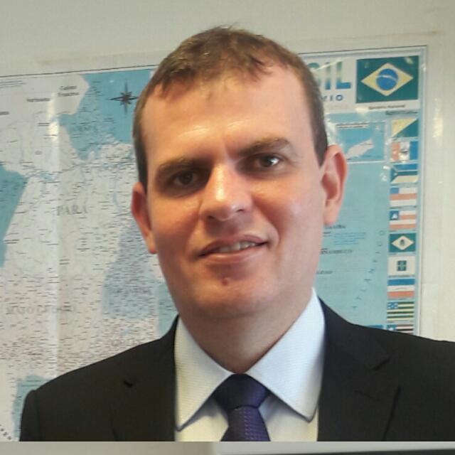 Prof. Dr. Romulo Oliveira