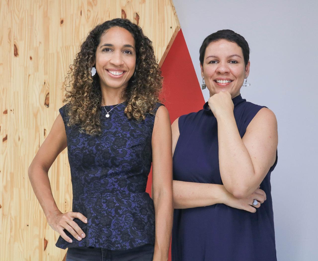 Profª Anneliese Hayden e Profª Larissa Santos