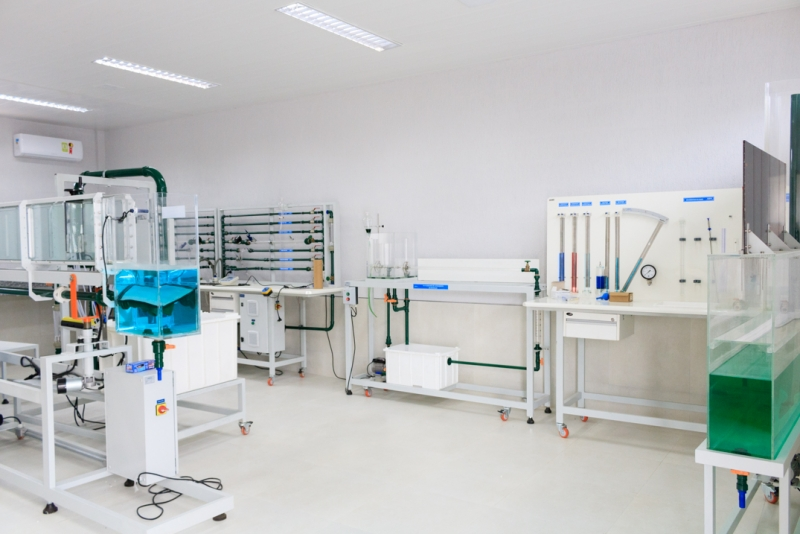 Salas e laboratórios
