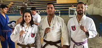 Alunos de judô do IESP são campeões da etapa estadual dos Jogos Universitários Brasileiros