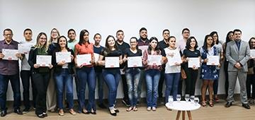 Alunos recebem certificado do Projeto Trainee Contábil Financeiro e novas vagas são abertas para 2019.2