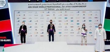 Estudante do UNIESP Sabrina Gondim é campeã mundial de Jiujítsu