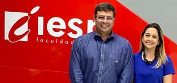 Prefeito de Cabedelo Vitor Hugo faz visita ao IESP