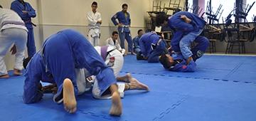 IESP FIGHT: Projeto de extensão leva a prática de Jiu-Jitsu a alunos e colaboradores