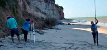 Projeto de iniciação científica: aspectos erosivos costeiros da falésia do cabo branco