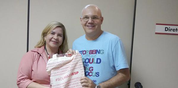 Biblioteca Padre Joaquim Colaço Dourado parabeniza o usuário visitante Antônio Cláudio Alves pelas doações de obras